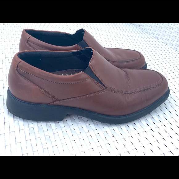 Bostonian Other - Bostonian brown leather shoes 10 W